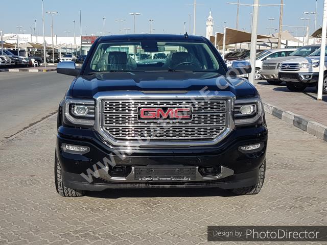 GMC - Sierra for sale in Sharjah