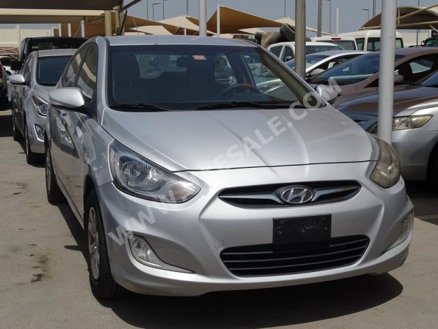 Hyundai - Accent for sale in Sharjah