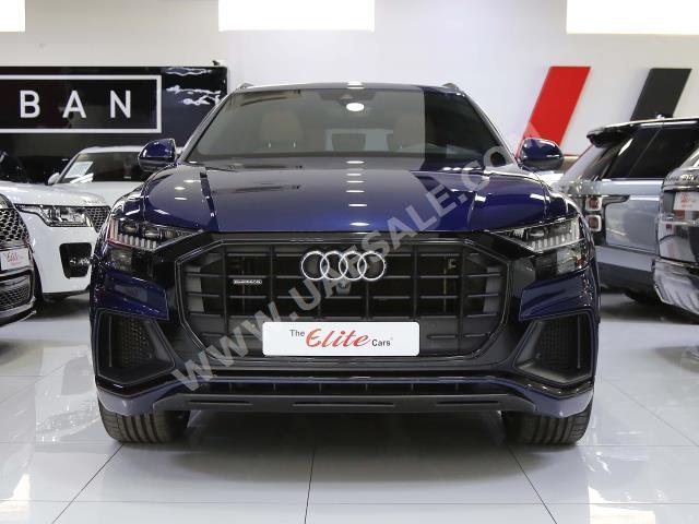 Audi - Q8 for sale in Dubai