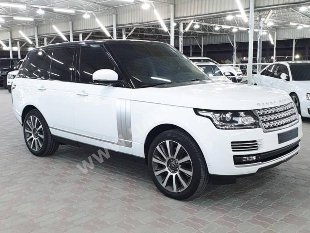 Land Rover - Range Rover for sale in Ajman